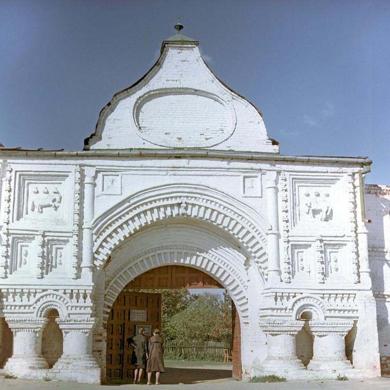 1967 The Eastern (Travel) Gate. Е.Кузин
