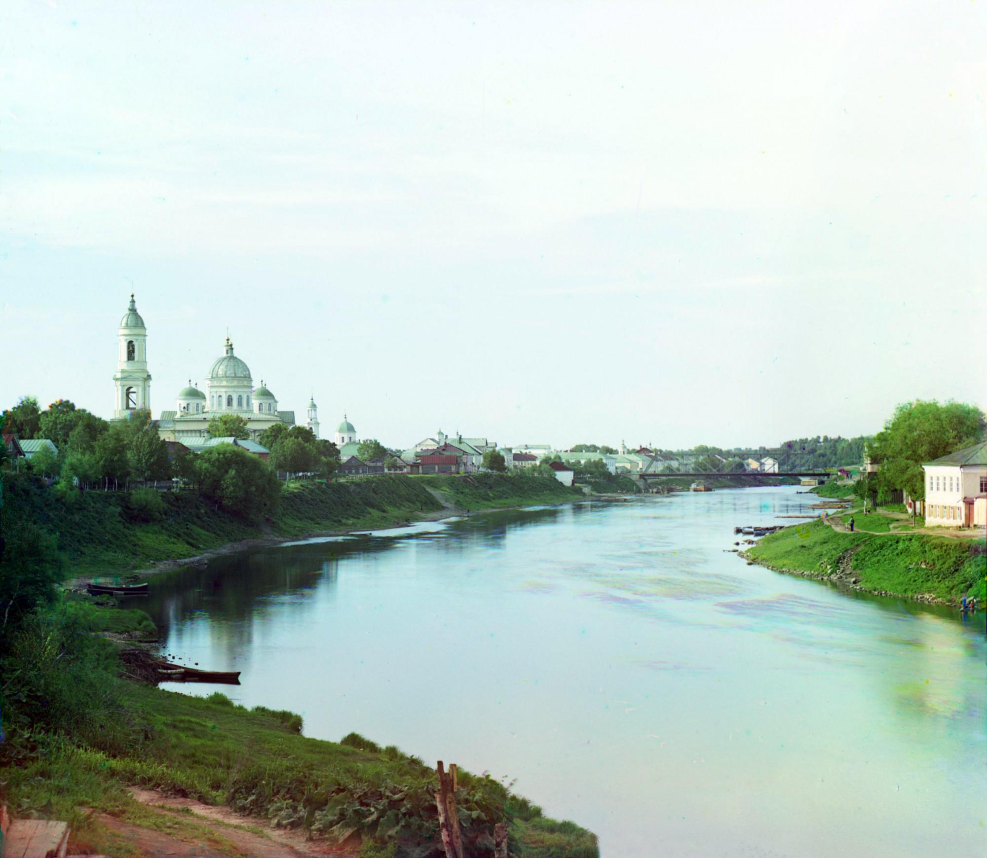 Торжок с юга. Река Тверца