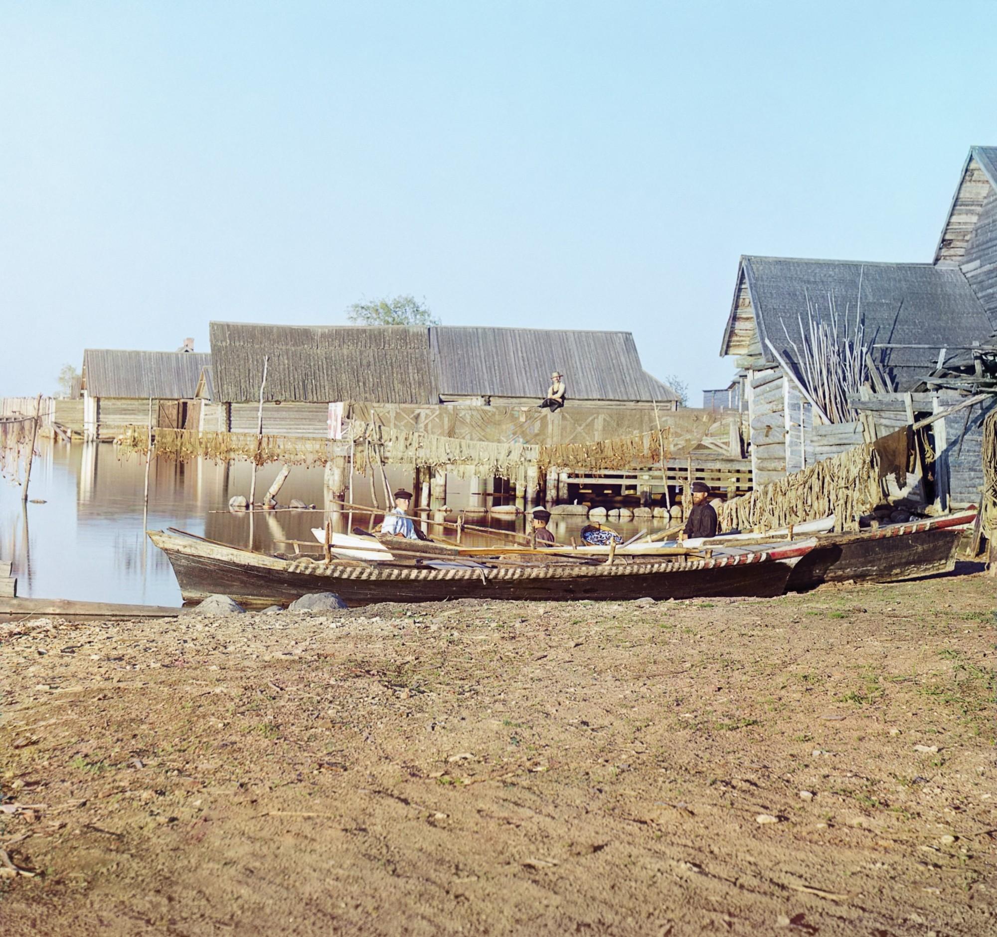 Набережная озера Селигер. Рыбацкие поселения на озере Селигер 01122 БХ