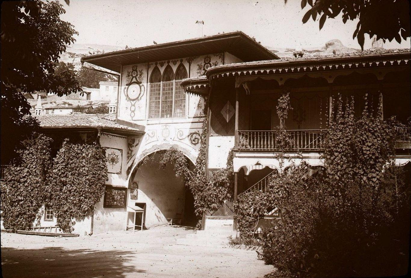 Бахчисарай. Ханский дворец. Северные ворота2