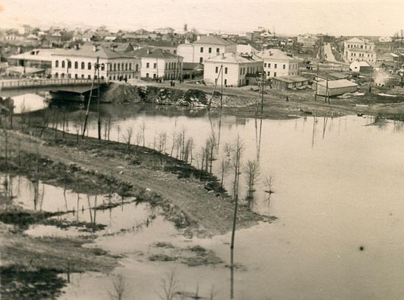 1954 Вязьма Вид на Фроловский мост