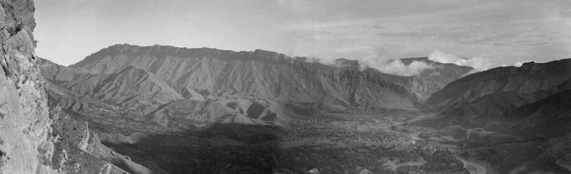 Хиндах. Панорама от села Гуниб. 1933. Уильям Осгуд Филд (William Osgood Field)