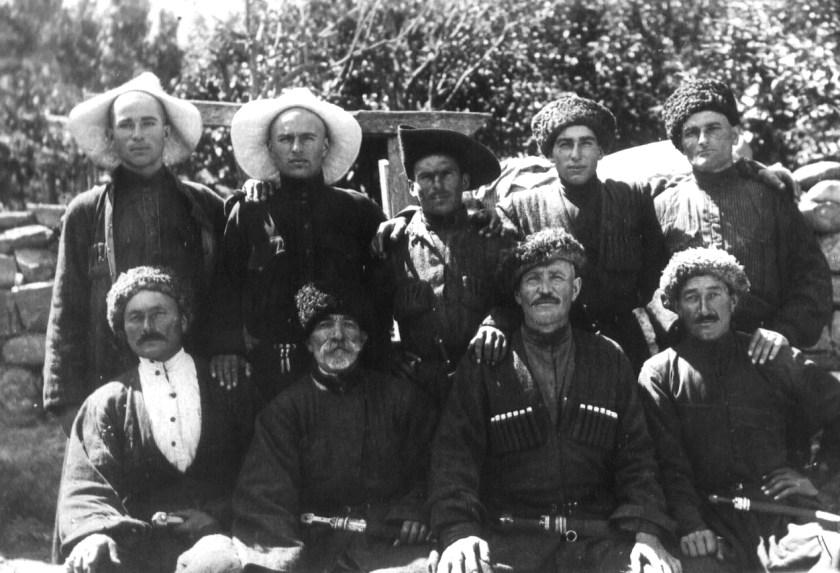 1928 год, Куртатинское ущелье, село Барзикау, авторы песни о
