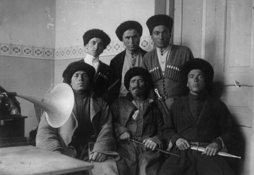 1929 год, Дзомагская группа народных певцов(Дзугаевы)