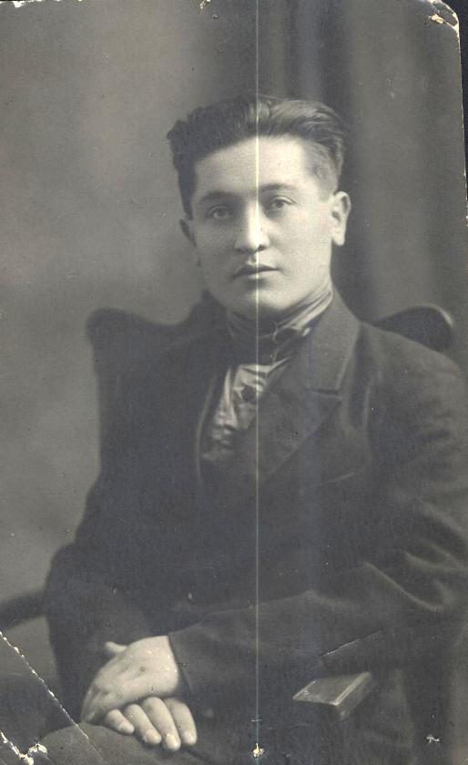 Сахангирей Дзамболатович Цереков, младший сын Дзамболата Церекова...