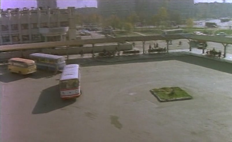 Vzbesivshijsja.avtobus.1991.XviD.DVDRip[(004813)16-55-03]