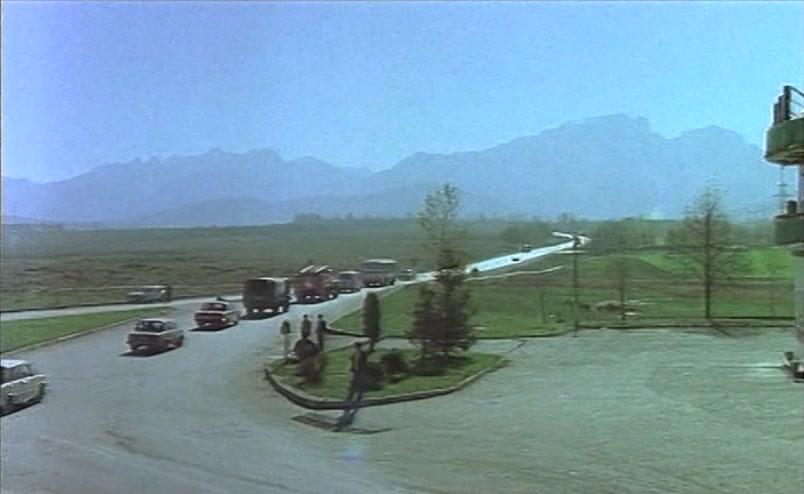 Vzbesivshijsja.avtobus.1991.XviD.DVDRip[(047950)17-45-19]