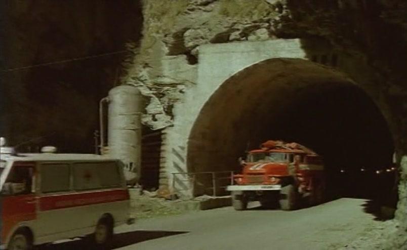 Vzbesivshijsja.avtobus.1991.XviD.DVDRip[(059265)18-05-09]