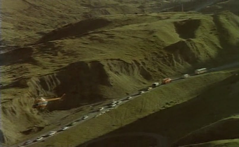 Vzbesivshijsja.avtobus.1991.XviD.DVDRip[(059738)18-07-12]