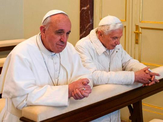 Popes-Fr-Ben-Pray