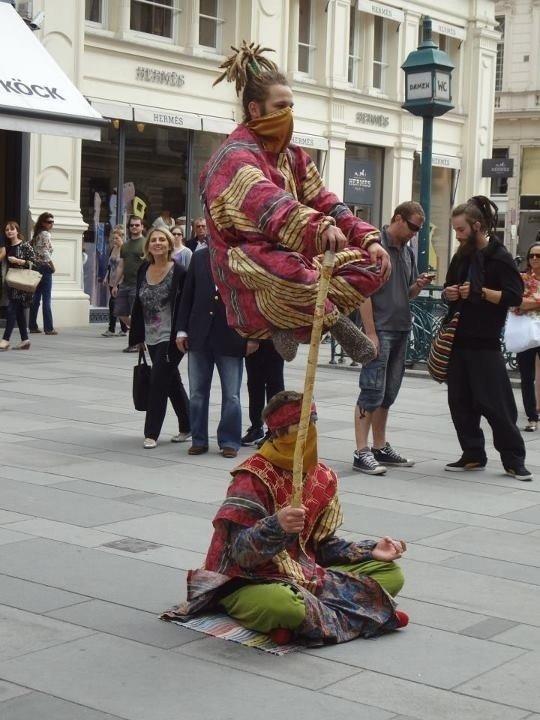 Индийские факиры в Вене