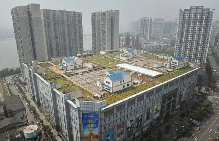 Китай. Коттеджи на крыше 1
