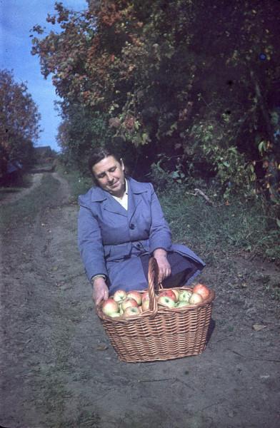 mama_apples1