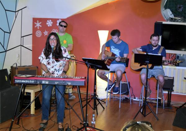 Elva_band