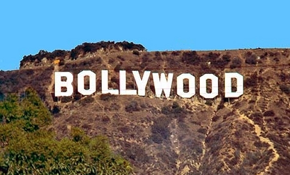 3331bollywood_sign