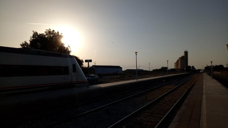 Поезд Renfe на Севилью