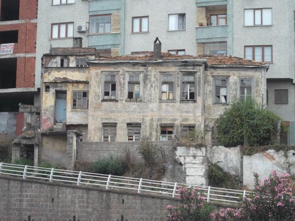 09 Старый дом