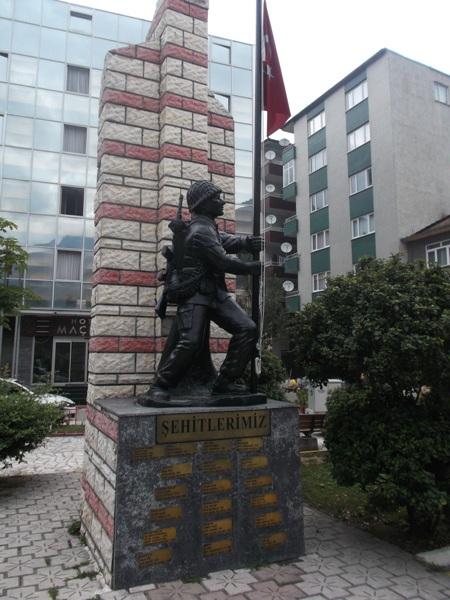 36 памятник солдатам