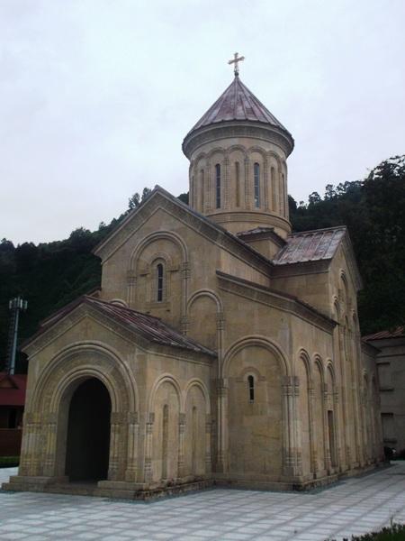 01 Церковь на границе
