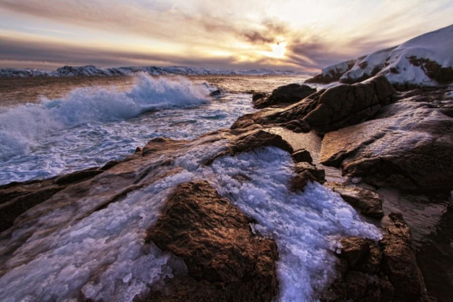 Утреннее волнение моря (зима)