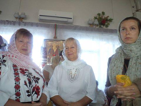 Сестра Зина Серова