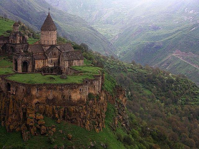 Грузия. Храм