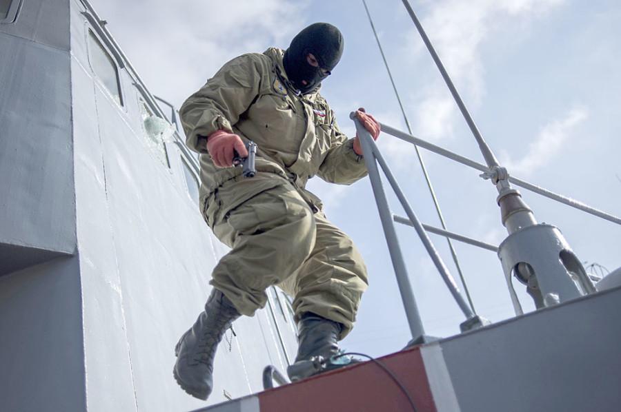 Штурм украинских кораблей