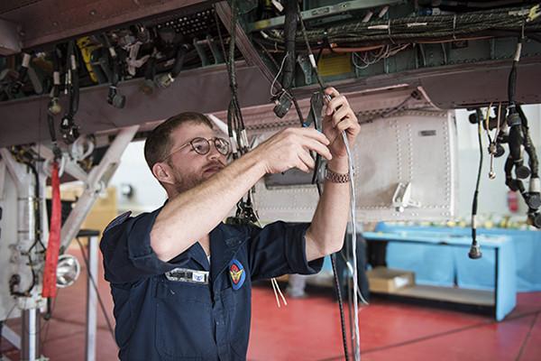 ВВС Израиля принимают на вооружение полученные из США подержанные истребители F-15D самолёта, Израиль, вооружение, «Баз», самолётов, модернизации, двухместные, самолёты, израильские, строй, после, уровня, израильских, первый, ТельНоф, ранее, работ, сентябре, систем, полученные