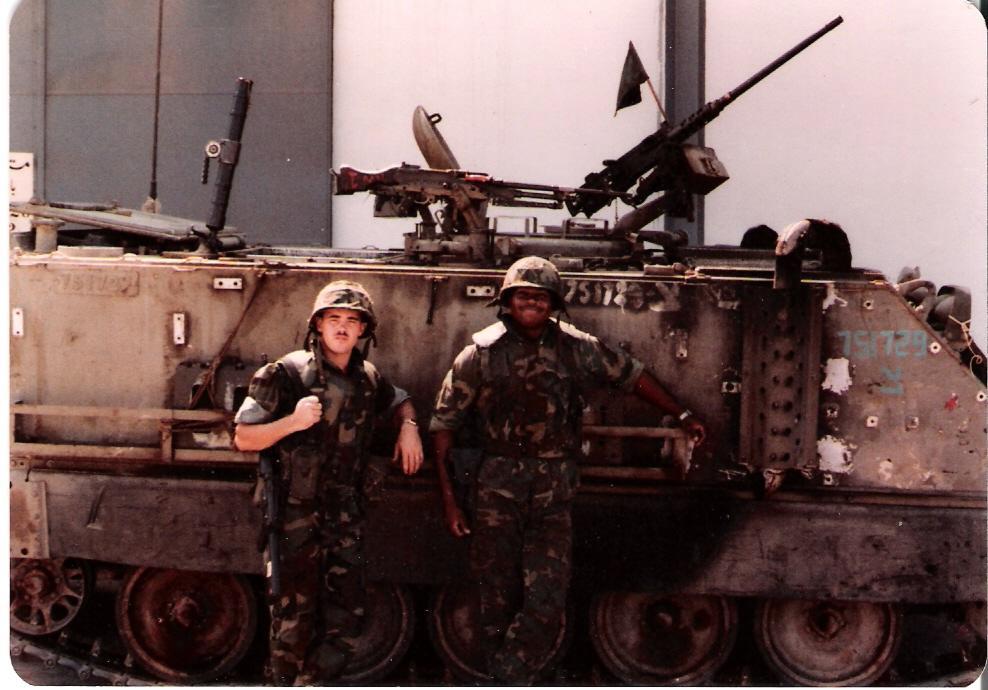 M113_135_60mmMortal_&USMC_Beirut-1982y.jpg