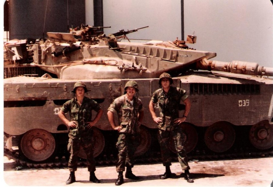 mer1_02_&USMC_Beirut-1982y.jpg