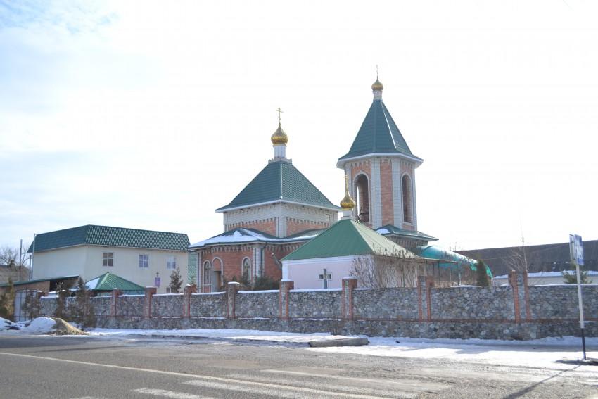 Церковь в станице Александровская