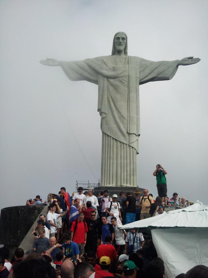 Статуя Кришту