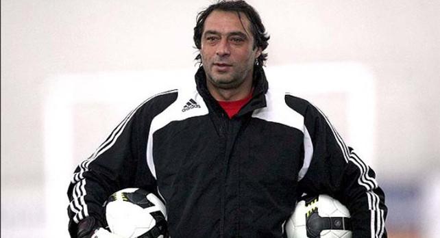 Тренер вратарей Заур Хапов