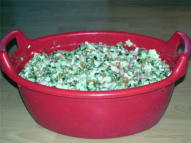 7. салат оливье тазик 2