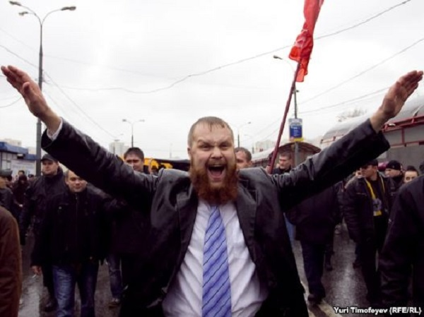 Хроника абсурда: Либеральная защита националиста Демушкина
