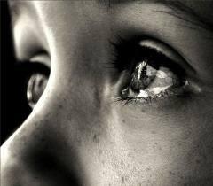 Первоклашка плачет