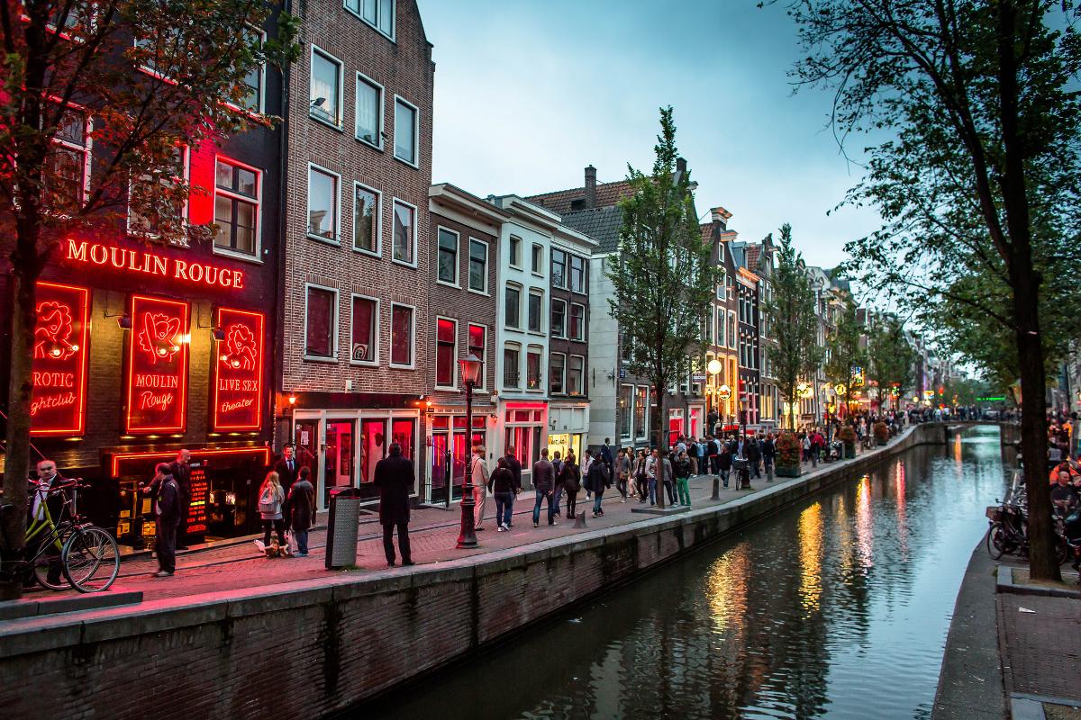 Переименование Голландии, рост ВВП стран Европы и конец дешёвого