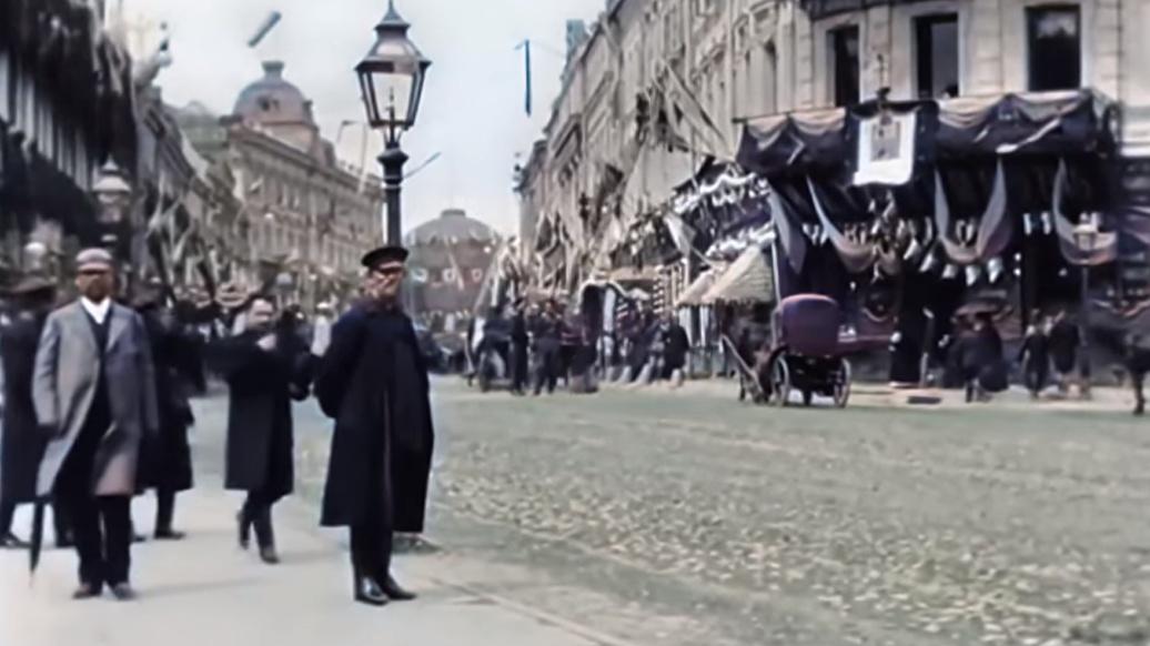 Москва в 1896 году, исчезающий капитализм и канадское Мурино