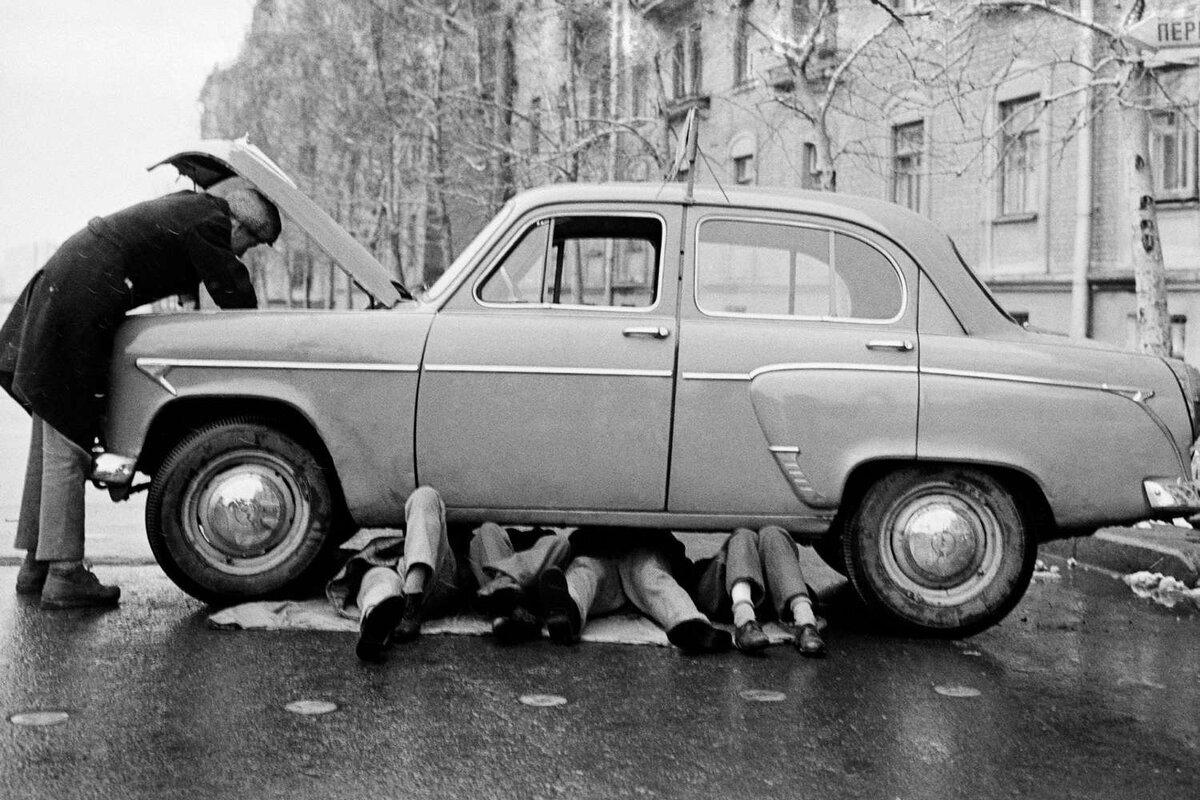 Стоимость владения автомобилем, велосипед против трамвая и российские