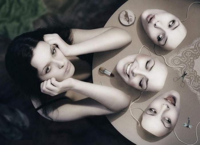 Роли-маски
