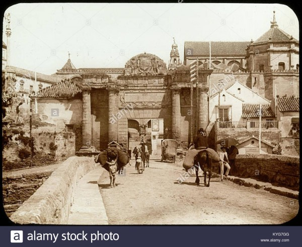 puerta-del-puente-marie-joseph-henry-de-lestrange-1897-KYG7GG.jpg