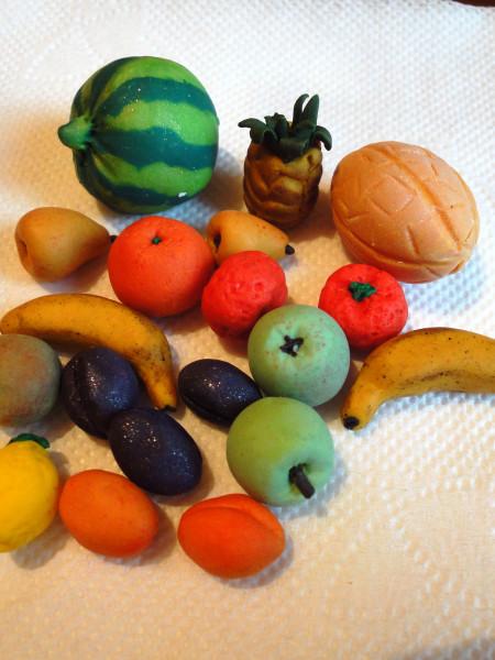 Фрукты и овощи из пластилина