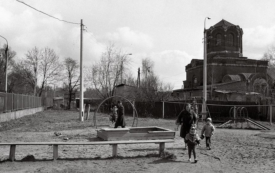 Детская площадка, фото А. Олевского