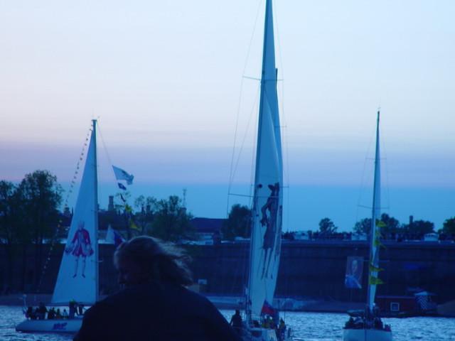 Лодки с фигурами