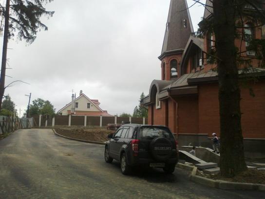 Церква в Юкках, коттеджи