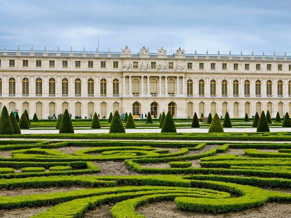 versailles-palace-and-garden_28028_600x450