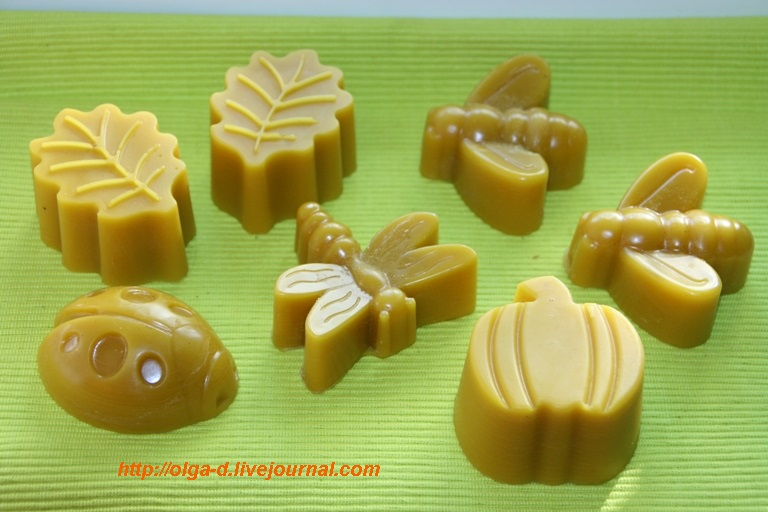 Пчелиный воск в формах (2)