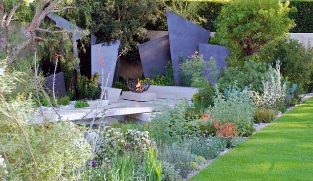 The-Telegraph-Garden-by-Andy-Sturgeon-RHS-Chelsea-2016-Lisa-Cox