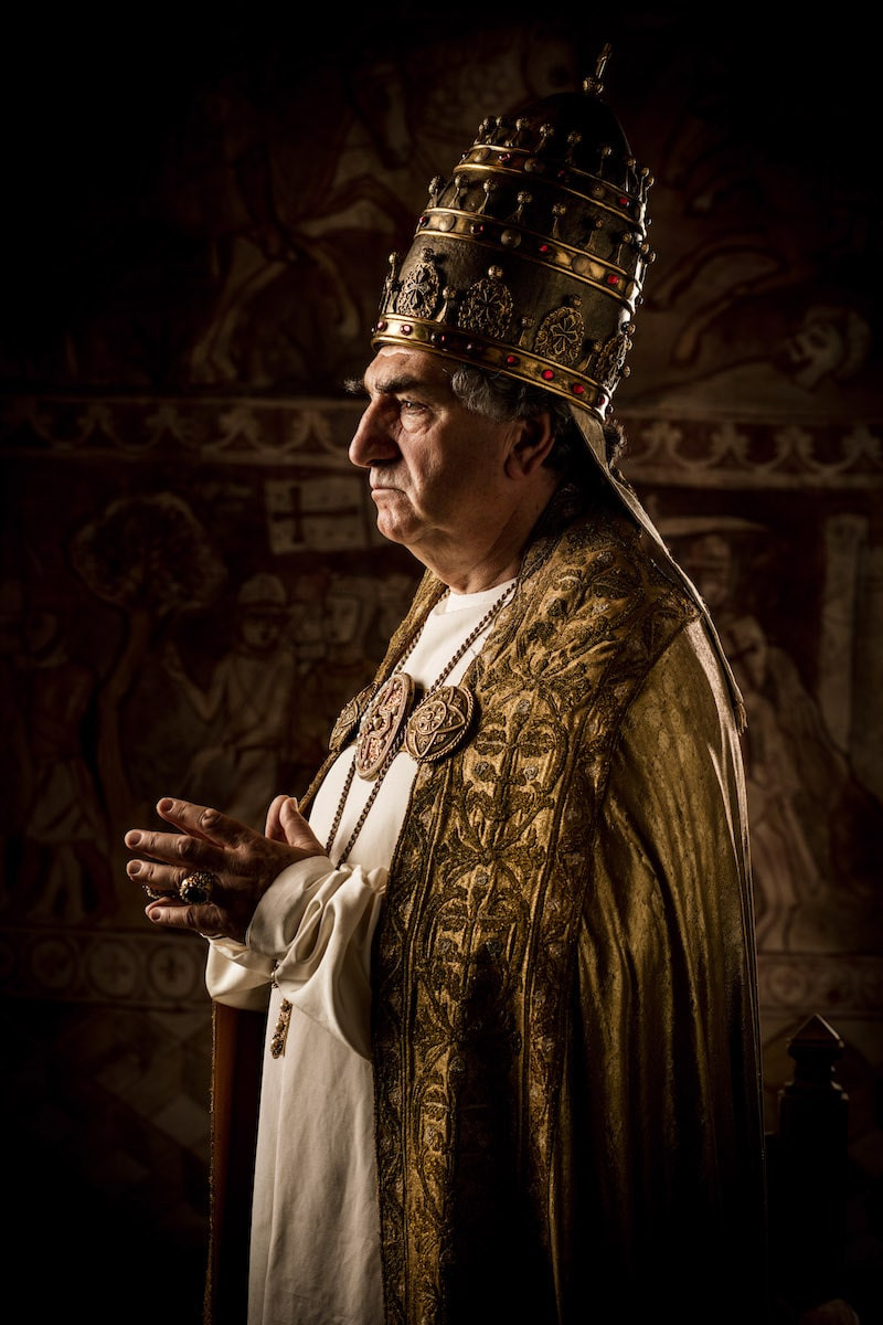 jim_carter_as_pope_boniface_viii_of_france_in_historys_new_drama_series_knightfall_3.jpg