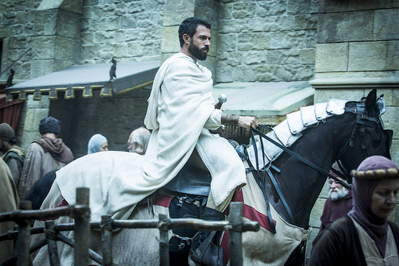tom_cullen_as_templar_knight_landry_in_historys_knightfall_4.jpg